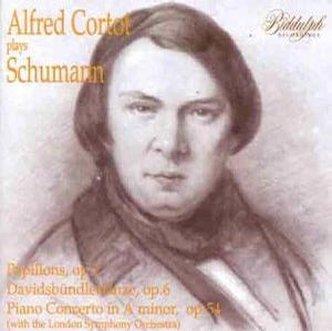 Alfred Cortot Plays Schumann-Volume. 1 - Papillons, Op. 2 (recorded 1935); Davidsbündlertänze, Op. 6 (recorded 1937); Piano Concerto in A minor, Op. 54 (recorded 1927)