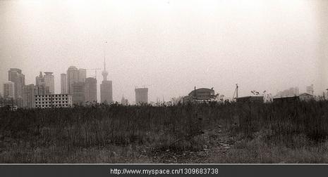 老街乐队-光辉 - 远离我们的城市
