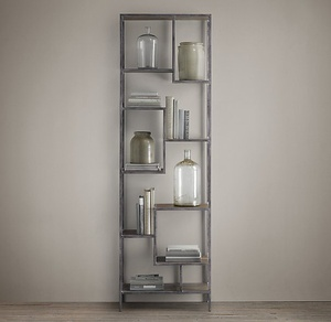 Vintage Industrial Staggered Shelving Tower - $1100的图片