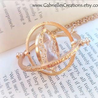 Hermione's Time Turner Necklace - Rotating Harry Potter Pendant - Spinning Hourglass Jewelry - Gold Vintage Style Handma的图片