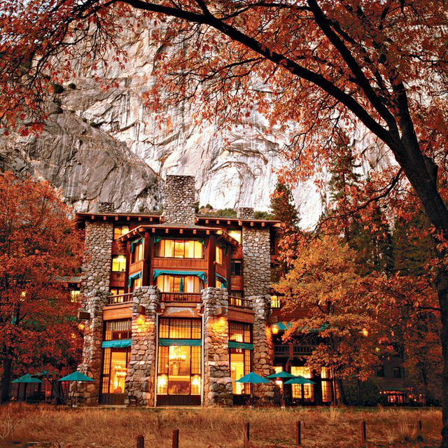 Ahwahnee Hotel @ Yosemite National Park
