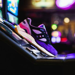 Saucony x Feature G9 Shadow 6 High Roller 'The Barney' 限量的图片