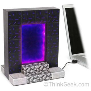 ThinkGeek :: Minecraft USB Desktop Nether Portal的图片