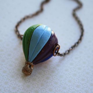 Colorful Hot Air Balloon Necklace, Painted Ceramic Pendant, Red, Blue, Green, Purple and Yellow Jewelry, Rainbow, Copper Chain的图片