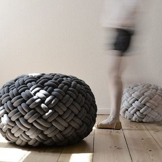 Knotty Floor Cushion by Kumeko的图片