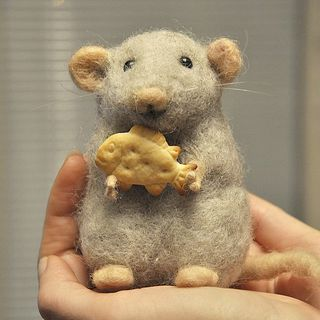 Grey wool mouse - Needle felted - Handmade work