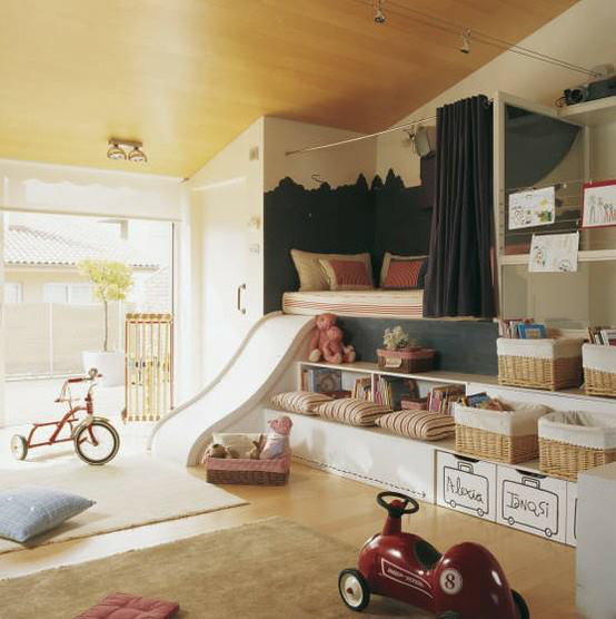 Dream kids room with slide的图片