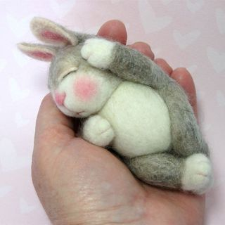 Needle Felted Wool BUNNY Class in PDF files (Companion kit available and sold separately)