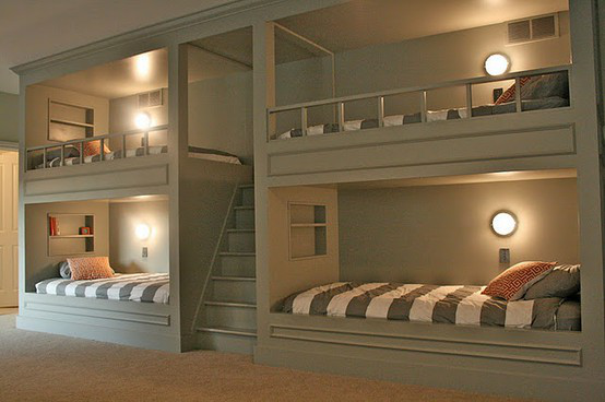 Built-In Bunk Beds的图片