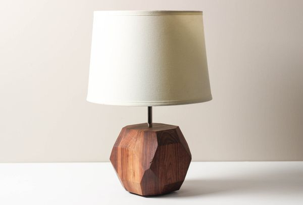 Gem Lamp- Solid Walnut, Wooden Table Lamp, Modern Lighting, Living Room Lamp的图片
