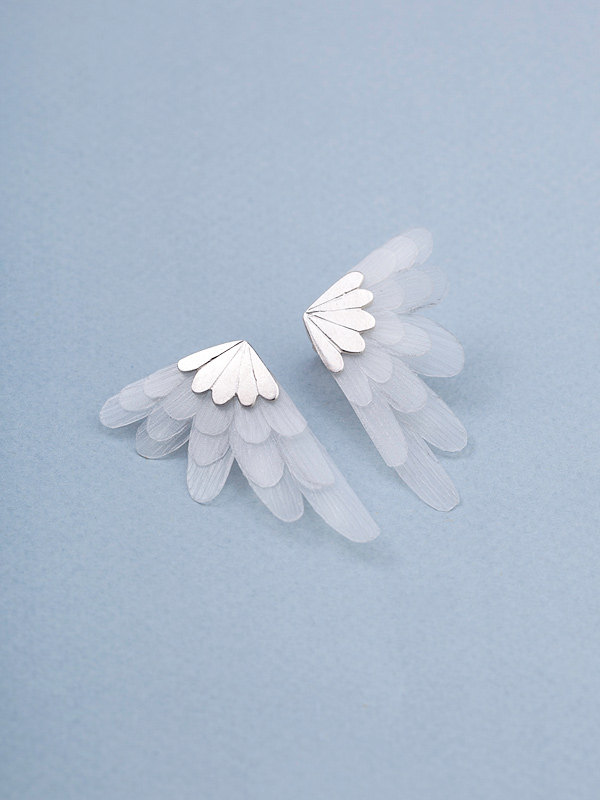Angel Wings Bridal Stud Earrings的图片